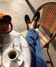 10 Fashion Trends for Summer 2019 Parisian Style - Click the pic for more inspo from Paris Noora Skam, Easy Style, Effortlessly Chic Outfits, Style Parisienne, Mode Ootd, Loafers Outfit, Gucci Loafers, Grey Loafers, Photo Tips