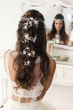 Acessório descolado para noivas criada pela Graciella Starling Foto: Fabia Nunes fotografia