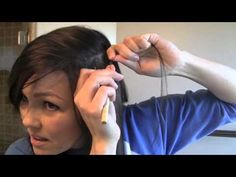 Featherextension uitzoeken en direct laten plaatsen?... http://hairextensionstudio.nl/soorten-hairextensions/feather-extensions  Alleen featherextension kopen?... http://www.glamouru.nl/featherextensions