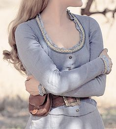 this costume made me think of Christine Daae a lot (and Alice) so it goes here Jeff The Killer, Story Inspiration, Character Inspiration, Larp, Dolores Abernathy, The Dark Tower, Breath Of The Wild, Legend Of Zelda, Wild West