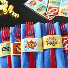 d-i-y-superhero-comics-napkin-decor-bx-98793b