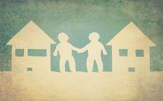 Buurman, sorry dat ik stoor| Het is niet altijd makkelijk om bij burenoverlast tot een goed gesprek te komen. Toch is het heel belangrijk om er samen uit te komen. U blijft ten slotte buren. Een goed gesprek kan tot snelle en goede resultaten leiden en een hoop spanningen vermijden. | bedenk,bedoeling,bedoeling dat uw buur,bemiddelaars,benoem,buren,buurtbemiddelaars,buurtbemiddeling,Buurtbemiddeling,Geschillen,gesprek,goed…