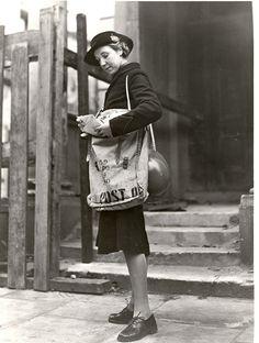 Postwoman 1942