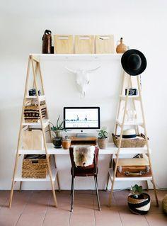 #schreibtisch #büro #layout #design #interior #möbel #einrichten #ideen #inspiration #ikea #minimal #clean #organised #view #style #leiterregal #regal