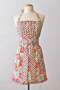 Pretty Ditty apron - pattern ~$12. Sandi Henderson fabric
