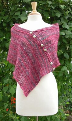 Frabjous Collaborous Stole 2019 Frabjous Collaborous Stole Schacht Spindle Company Woven on the 15 Cricket Loom. The post Frabjous Collaborous Stole 2019 appeared first on Weaving ideas. Tablet Weaving, Loom Weaving, Hand Weaving, Loom Knitting Patterns, Weaving Patterns, Knitting Tutorials, Free Knitting, Stitch Patterns, Apron Patterns