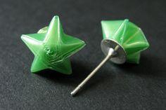 Green Origami Star Earrings. Green Star Earrings. Origami Earrings. Green Earrings. Silver Post Earrings. Stud Earrings. Origami Jewelry. by StumblingOnSainthood from Stumbling On Sainthood. Find it now at http://ift.tt/1rvJMRJ!