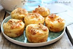Bouchées au parmesan, mozzarella & graines de sésame Mozzarella, Parmesan, Mini Muffins, Entrees, Biscuits, Buffet, Brunch, Food And Drink, Low Carb