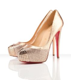 Nice!  A sexy vixen doesn't want any plain ol' nude pumps.  Into the Pinterest shoe closet these go...