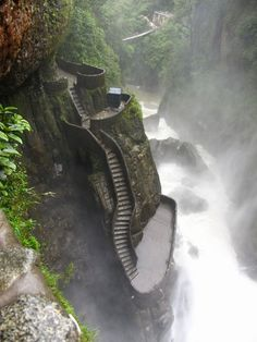 Famous Canyon Steps - located in Pailon del Diablo, Ecuador. While visiting Ecuador one should not miss this wonderful twisting stairs/steps which are also know Ecuador Travel, Places To Travel, Places To See, Waterfall Hikes, Les Cascades, South America Travel, Adventure Is Out There, Wonders Of The World, Amazing Nature