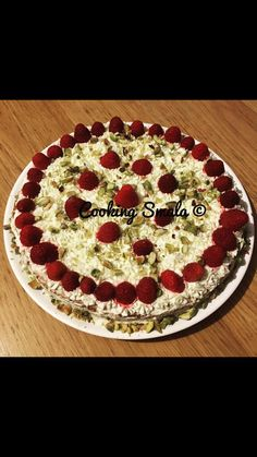 Pie, Desserts, Food, Pistachio, Raspberry, Kitchens, Torte, Postres, Dessert