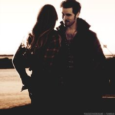 OUAT! We need another Captain Swan Kiss;)------> But it would be so sad because of the cruse thw Wicked Witch put on Hook