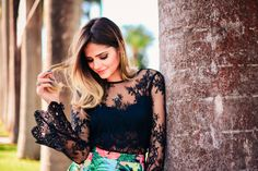 ThassiaNaves. Lace black blouse + Print floral dress