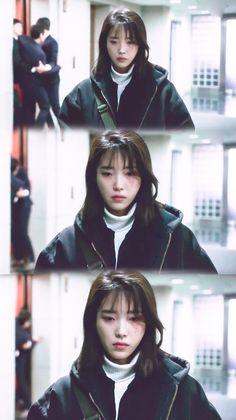 IU #MyAjussi #MyMister #tvN #2018kdrama Ulzzang Couple, Ulzzang Girl, The Mummy 1, Major Events, Story Characters, Korean Actresses, Pretty Men, Feel Tired, Aesthetic Grunge