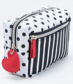 Patchwork Bags, Quilted Bag, Sewing Makeup Bag, Bag Quilt, Jute Tote Bags, Diy Bags Purses, Pencil Bags, Bag Patterns To Sew, Denim Bag