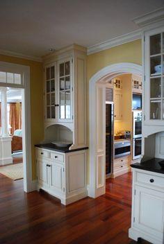 Butler pantry - http://www.houzz.com/photos/104184/Sudbury-Home-Butler-traditional-hall-boston
