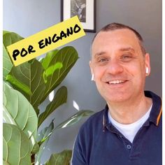 """🇧🇷 por engano = 🇬🇧 by mistake . 🇧🇷 Desculpa, mandei a mensagem pra você por engano! = 🇬🇧I'm sorry, I sent you the message by mistake! 💥 Now it's your turn! Write a sentence in the comments with the expression """"por engano"""". Portuguese Lessons, Learn Portuguese, Brazilian Portuguese, Portuguese Language, I Sent You, Your Turn, Sentences, Teacher, Writing"""