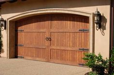There are three kinds of Garage Door Motor : chain drive, screw drive, and belt drive. Which kind of motor you select depends upon your financial allowance as well as the kind of garage door, and t. Carriage House Garage Doors, Custom Garage Doors, Modern Garage Doors, Garage Door Styles, Wood Garage Doors, Garage Door Design, Garage Door Makeover, Garage Door Repair, Garage Door Motor