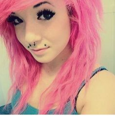 I wish I had the hair,  looks, and courage to do this.. so pretty.. #jealous