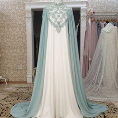 Abaya Designs, Kurta Designs Women, Muslim Dress, Hijab Dress, Lovely Dresses, Beautiful Gowns, Abaya Fashion, Fashion Dresses, Wedding Abaya