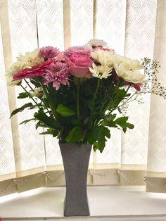 Handmade glitter vase, decorative flower vase, home decor, personalised vase by WaterworthCreations on Etsy