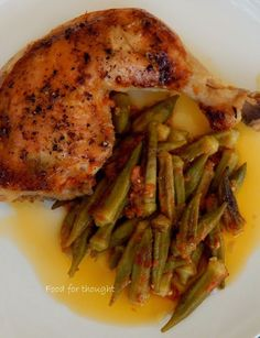 photo: Χρυσαυγή Μπόμπολα Food Network Recipes, Cooking Recipes, Cacciatore Recipes, Oven Chicken Recipes, Greek Recipes, Kid Friendly Meals, Good Food, Food And Drink, Veggies