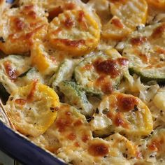 Appetizer Recipes Discover Zucchini and Squash Au Gratin This is an amazing side dish and cooks up so quick it wont heat your kitchen up. For an even better taste smoke it in the smoker! Keto Side Dishes, Vegetable Side Dishes, Side Dish Recipes, Low Carb Recipes, Vegetarian Recipes, Cooking Recipes, Healthy Recipes, Cooking Games, Cooking Classes
