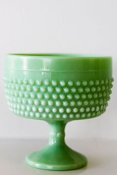 green hobnail compote, add this to the need list Vintage Dishes, Vintage Glassware, Vintage Kitchen, Farmhouse Dinnerware, Green Milk Glass, Vintage Green, Vintage Stuff, Vintage Decor, Mccoy Pottery