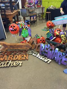 Local Love :: The Best Halloween Decor Finds in Town| North Phoenix Moms Blog