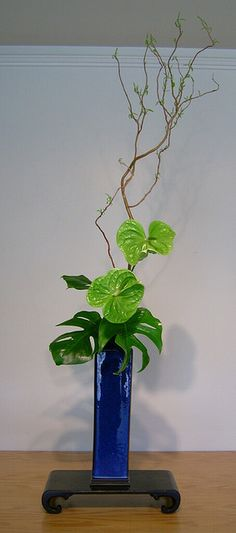 Ikebana 044_1 by woodcut55, via Flickr