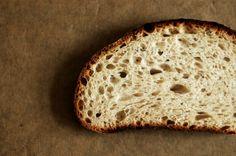 vinohradnicky psenicny kvaskovy chlieb Bruschetta, Bread Recipes, Food, Hampers, Essen, Bakery Recipes, Meals, Yemek, Eten