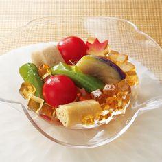 京都の夏野菜にジュレをかけて、涼やかな冷菜に。
