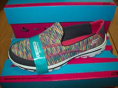 I totally want these but they were out in my size at the Sketchers store AND online! :-O