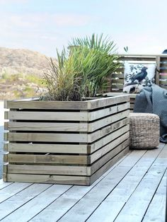 Diy Furniture, Outdoor Furniture Sets, Outdoor Decor, Ikea Billy Hack, Pergola, Flower Pots, Diy Flower, Outdoor Living, Planters