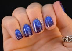 If you buy royal blue nail polish, you are certainly a spunky, free-spirited individual. You have an electric personality, and you need a bright, bold look. Use these royal blue nail designs as inspiration for your next cool manicure! Keep it simple, but spirited Here are some easy nail art inspirations for when you don't …