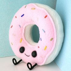 GEEKY GADGETS / Happy Donut Plush on the redditgifts Marketplace