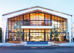 The SHED is a square foot building in Healdsburg, California that is working to transform the culture of this sustainable farming and wine-making community. Contemporary Home Furniture, Contemporary Stairs, Contemporary Building, Contemporary Cottage, Modern Contemporary Homes, Contemporary Apartment, Modern Barn, Contemporary Architecture, Contemporary Chandelier