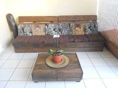 Make an outdoor pallet lounge #PalletLounge, #PalletSofa