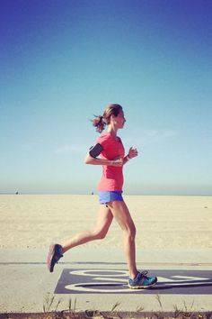 These models are getting us pumped to hit the gym: Christy Turlington Burns goes for a run at Venice Beach.