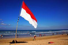 Sang Saka Merah Putih merupakan julukan kehormatan terhadap bendera Merah Putih negara Indonesia. Pada mulanya sebutan ini ditujukan untuk Bendera Pusaka, bendera Merah Putih yang dikibarkan pada tanggal 17 Agustus 1945 di Jalan Pegangsaan Timur 56, Jakarta, saat Proklamasi dilaksanakan. Tetapi selanjutnya dalam penggunaan umum, Sang Saka Merah Putih ditujukan kepada setiap bendera Merah Putih yang dikibarkan dalam setiap upacara bendera. @XL Axiata #PINdonesia
