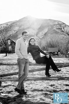 Love the mountain in the background, beautiful engagement photo
