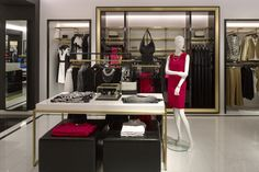 Melanie Lyne Store by Callison at Rockland Centre, Montreal – Canada » Retail Design Blog