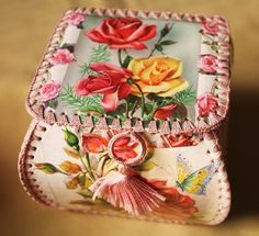 crochet box_roses by made by naughty little pony, via Flickr