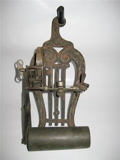AT Auction! 1 Antique Musical Gears Player Piano, Organ, Door Bell Mechanism, Clock Parts?