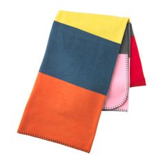 IKEA VÅRSTJÄRNA Throw Multicolour 130x180 cm The fleece throw feels soft against your skin and can be machine washed.