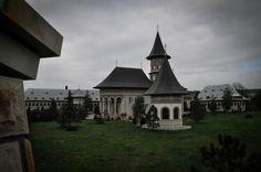 Camarzani Monastery Mansions, Architecture, House Styles, Home Decor, Arquitetura, Decoration Home, Manor Houses, Room Decor, Villas