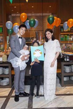 賈靜雯與修杰楷甜蜜現身女兒咘咘滿月派對