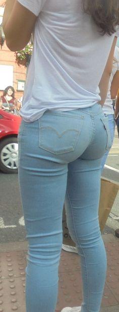 Beautiful Jeans, Beautiful Women!
