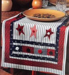 Patriotic Patchwork Table Runner Pattern from A Magazine | eBay