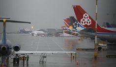 Aerocivil afirma que cierre de aeropuertos por mal clima solo busca ... - Caracol Radio